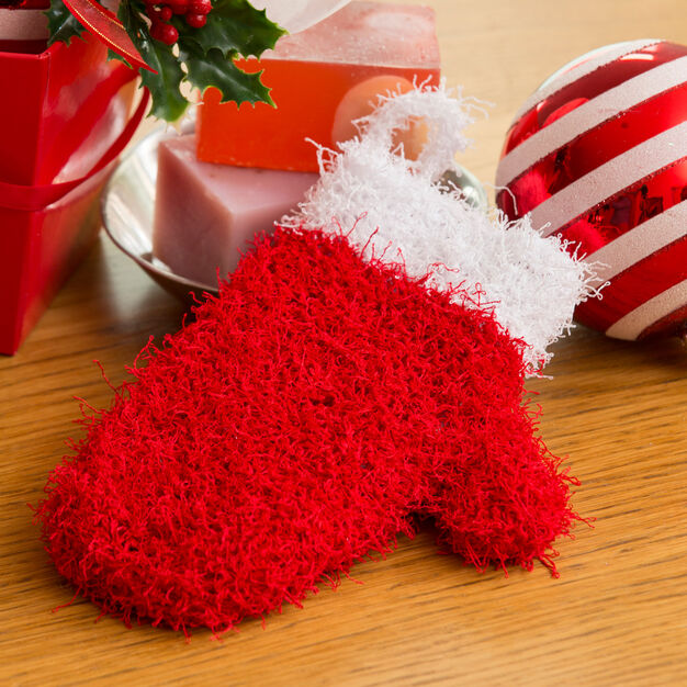 Free knitting pattern for a santa mitt