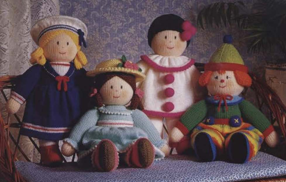 Free knitting pattern for dolls