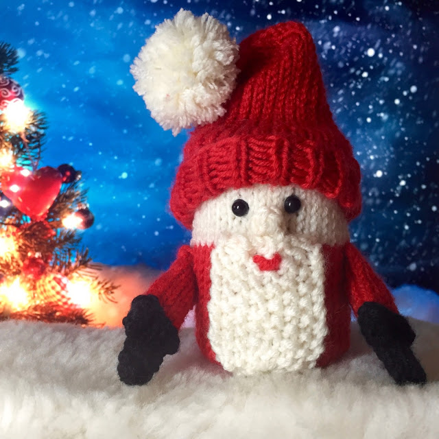 Secret Surprise Santa free knit pattern