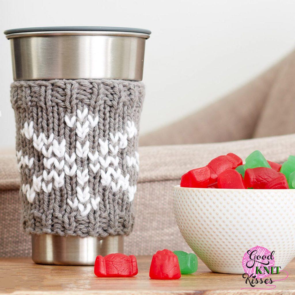 Snowflake mug hugger free knit pattern