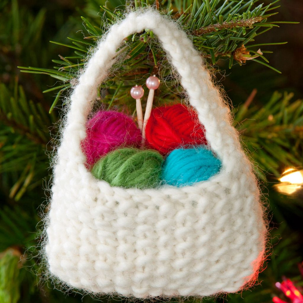 Yarn basket Christmas tree ornament knit pattern