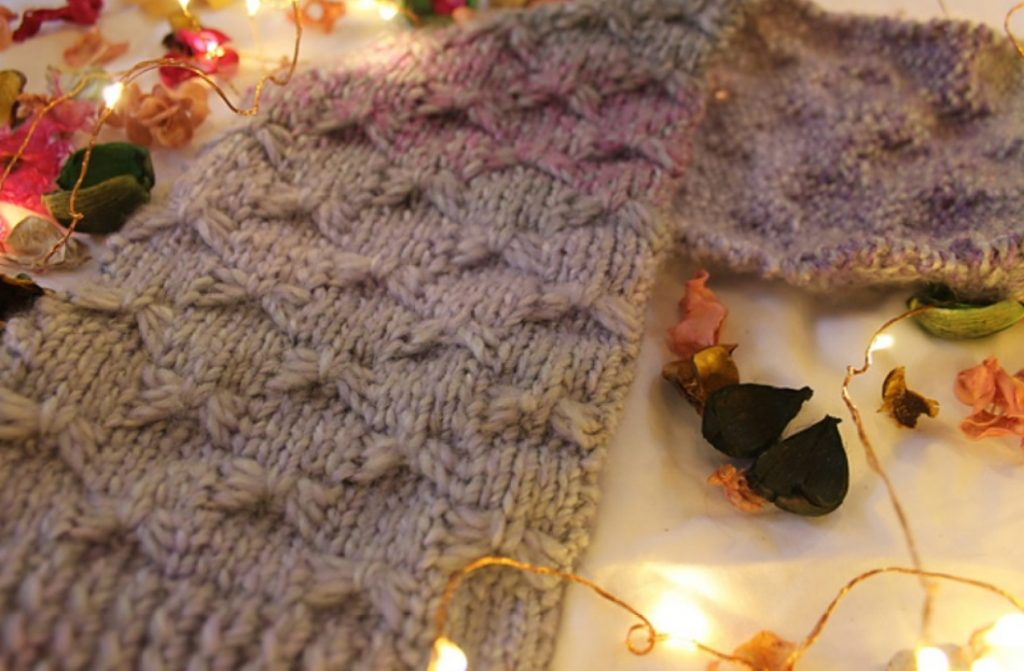 Free knitting pattern for a butterfly stitch scarf