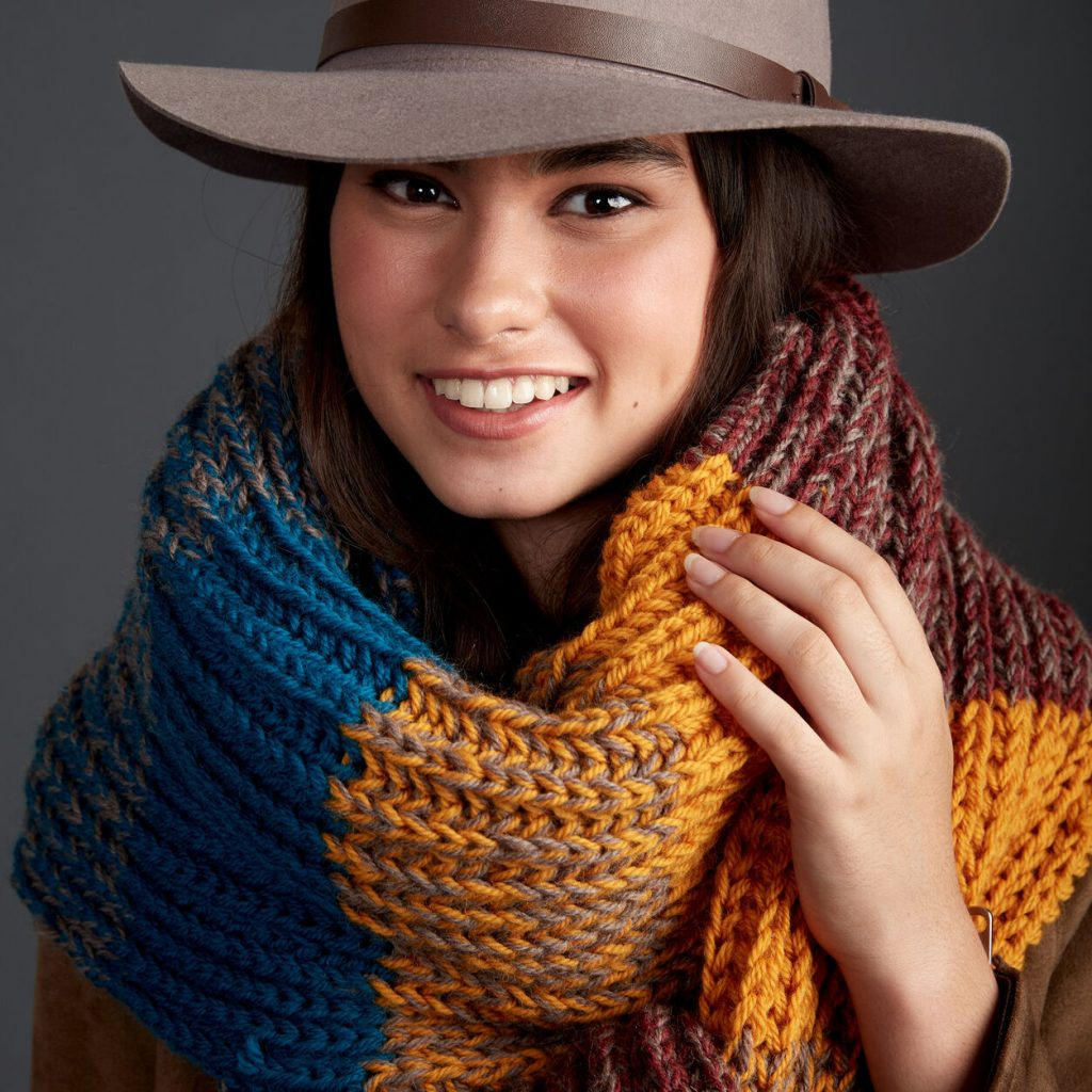 Free knitting pattern for a chunky striped big scarf