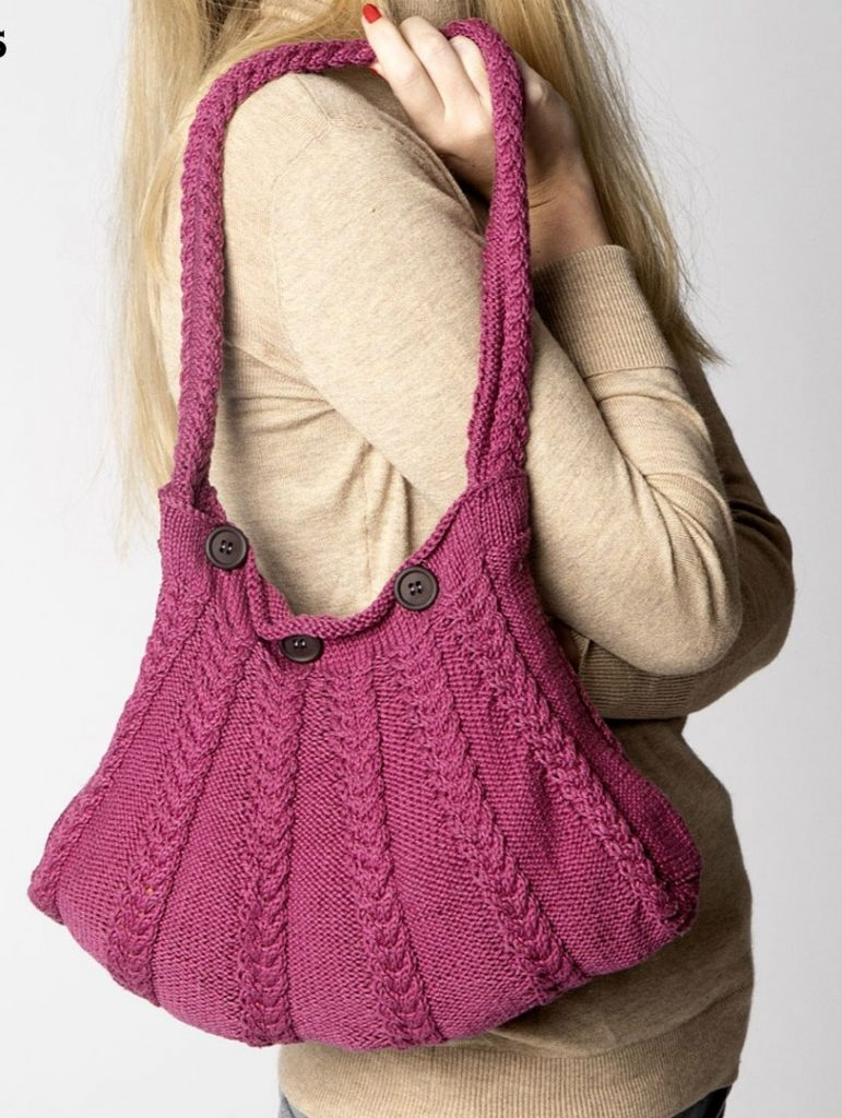 Free knitting pattern for a handbag with cables