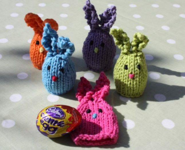 Free knitting pattern for bunny egg covers