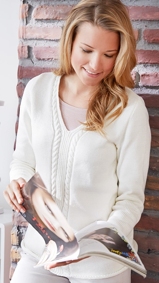 Free knitting pattern with v neck and cable detail