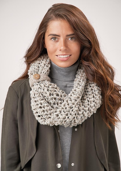 Bulky yarn knitting pattern for a cowl