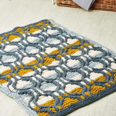 Free Knit Pattern for a Super Chunky Cable Rug