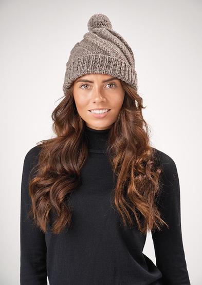 Free Patons hat knitting pattern
