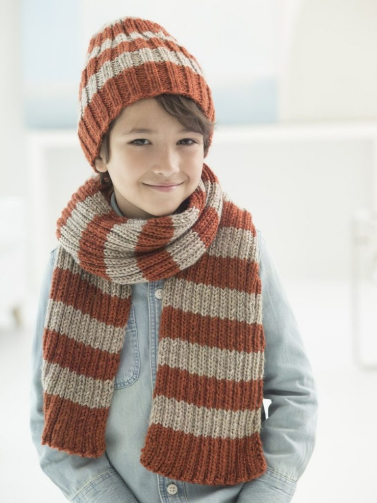 Boys matching hat and scarf knitting pattern