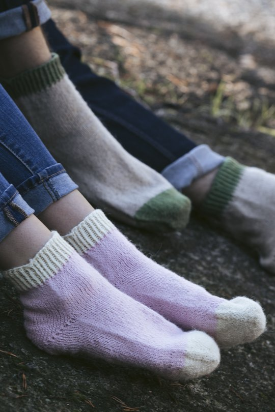 Free knitting pattern for runners socks