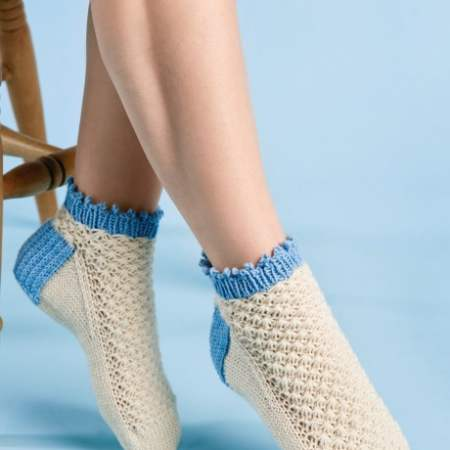 free knitting pattern for textured ankle socks