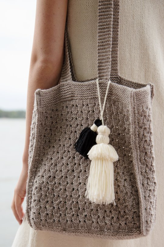 Free Knit Pattern for a Beach Bag