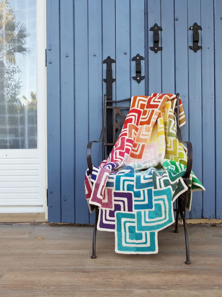Free Knitting Pattern for a Sliding Tiles Blanket