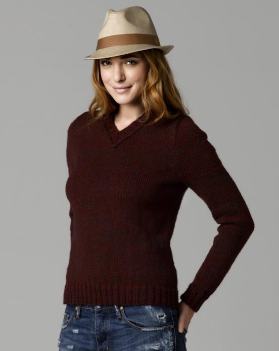 Free easy classic v-neck jumper knitting pattern