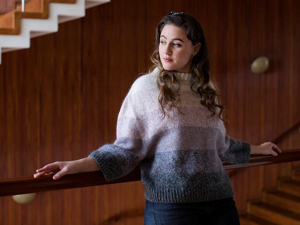 Free knit pattern for an ombre striped sweater. Inspired by classic vintage knitwear.
