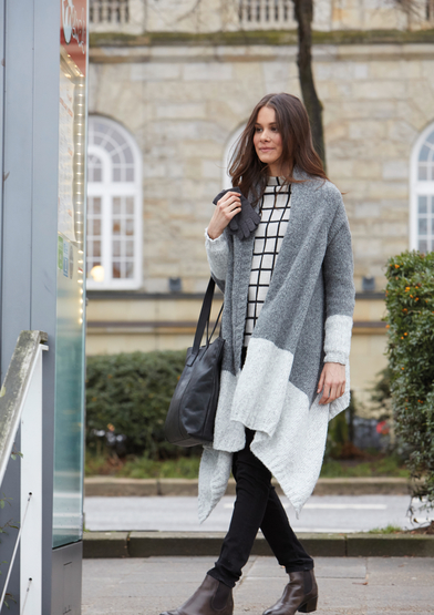 Modern knitting pattern for a coat for women free