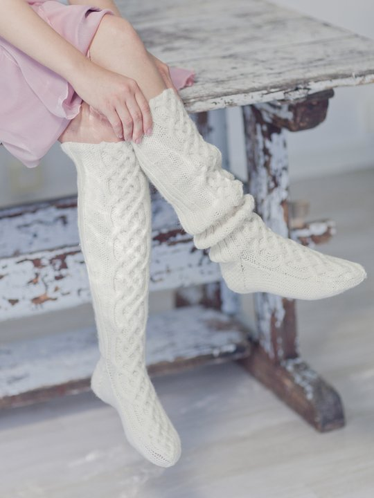Celtic cable knee socks free pattern