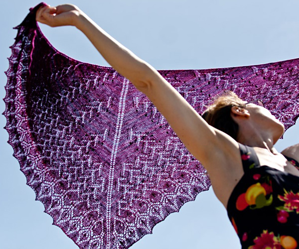 Free knitting pattern for an Estonian lace shawl
