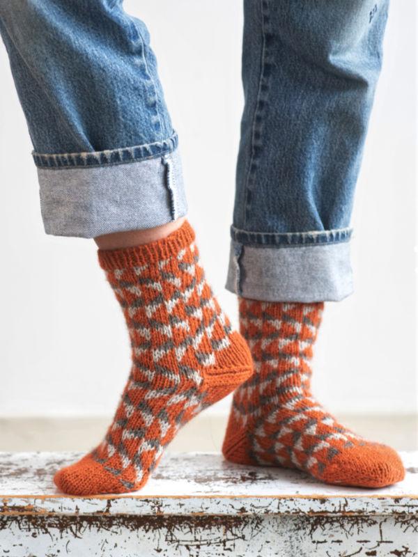 Free Knit Pattern for Patterned Warm Socks