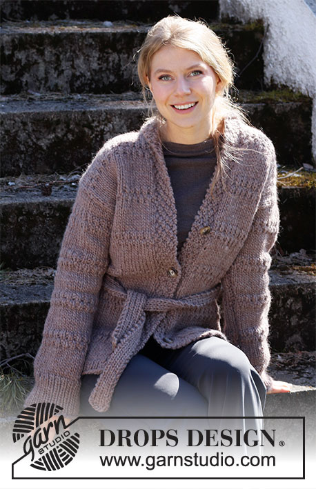 Free Knit Pattern for a Belted Jacket