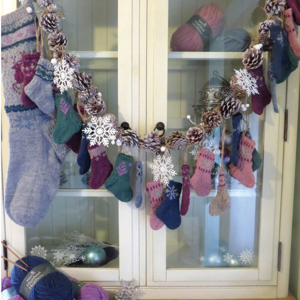 Free Knitting Pattern for a Christmas Stocking Advent Calendar