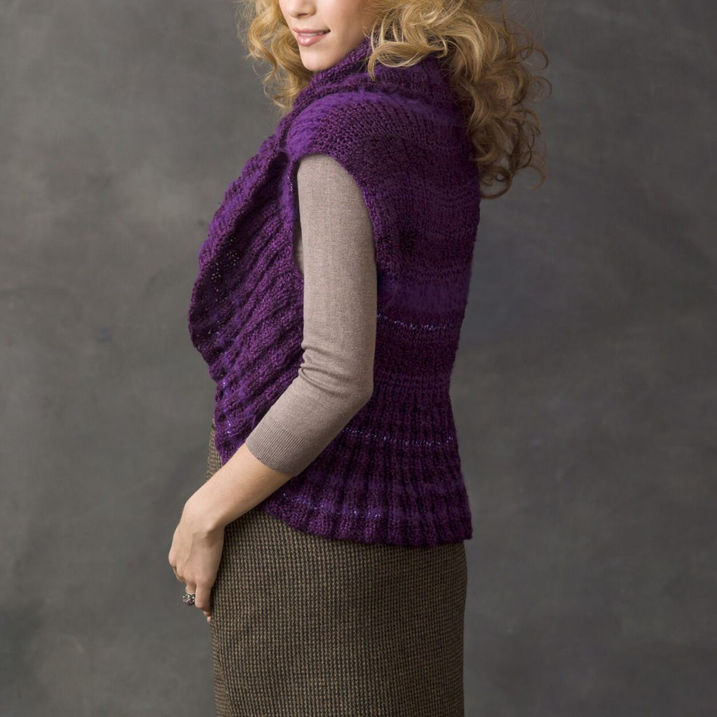 Free knit pattern for a circle vest