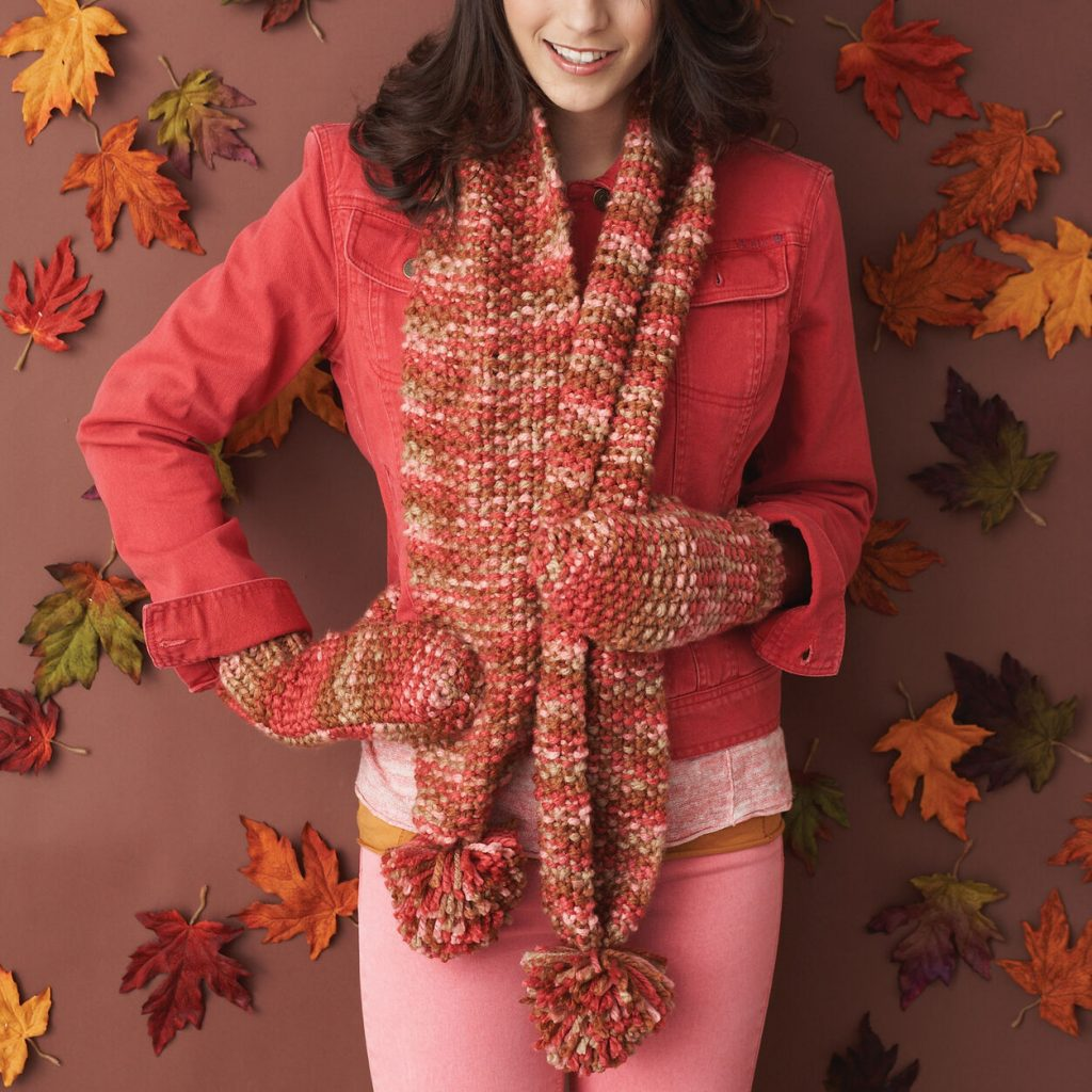 Free easy knitting pattern for a scarf and mitts set