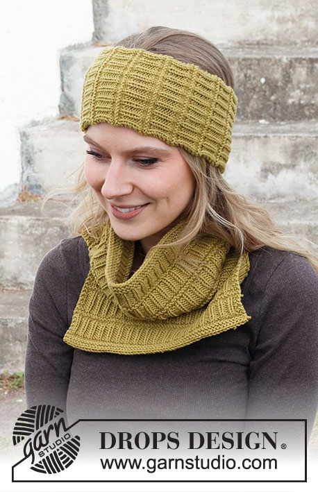 Free pattern for a Knitted head band and neck warmer