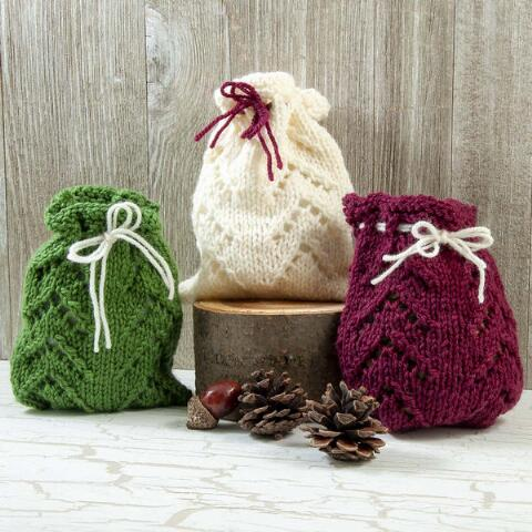 Free Christmas Knitting Patterns for 2020 gift bag