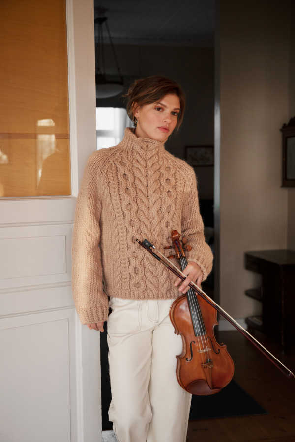Free-Knitting-Pattern-for-a-Chunky-Cabled-Sweater