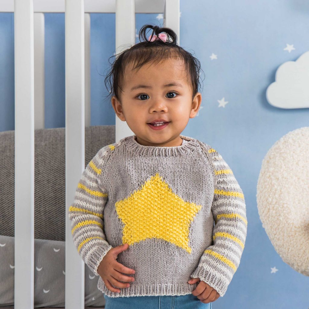 Free-Knitting-Pattern-for-a-Baby-Star-Sweater